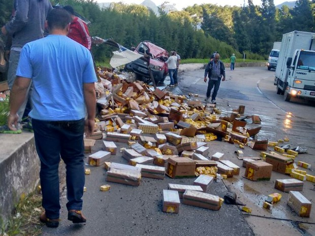 Motorista de caminhão morre em acidente na BR-040 (Foto: Divulgação/Grupo Águias Notícias)