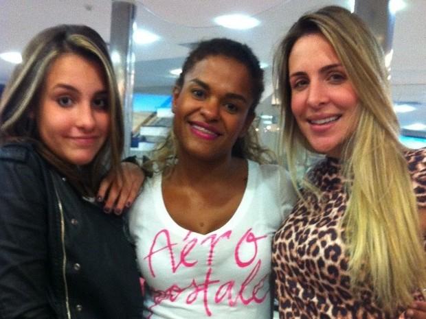 Joana Machado com a filha Luiza (Foto: Divulgação/Divulgação)