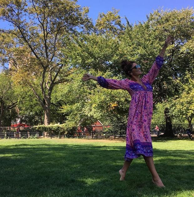 Juliana Paes no Central Park (Foto: Reprodução)