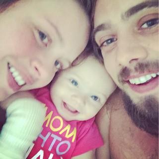 Rafael Cardoso com a família (Foto: Instagram / Reprodução)
