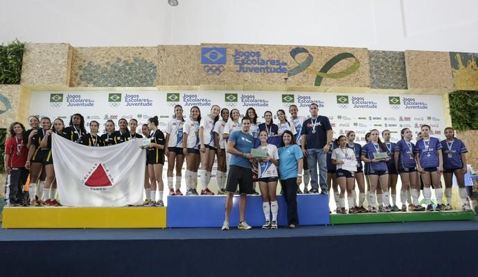 CEL, de Júlia Moura, sobe no lugar mais alto do pódio no vôlei feminino dos Jogos Escolares da Juventude, em João Pessoa (Foto: William Lucas/Inovafoto/COB)