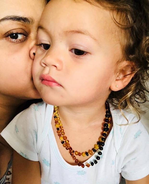Preta Gil e a neta  (Foto: Reprodução / Instagram)