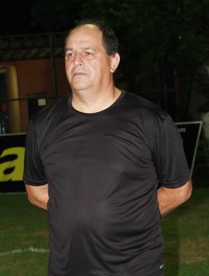 Edson Porto, treinador do River-PI (Foto: Náyra Macêdo)