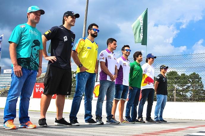 Rubens Barrichello, Átila Abreu, Thiago Camilo, Julio Campos, Antonio Pizzonia, Sergio Jimenez, Cacá Bueno e Allam Khodair - Stock Car 2014 (Foto: Duda Bairros / Divulgação)