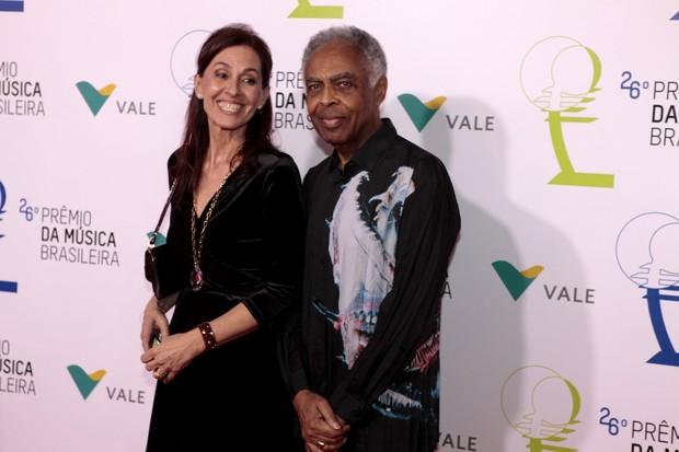 Flora Gil e Gilberto Gil  (Foto: Isac Luz / Ego)