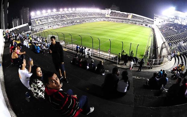 torcida Santos jogo Corinthians Vila Belmiro (Foto: Marcos Ribolli / Globoesporte.com)