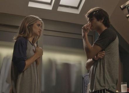 Fabinho descobre que Lili está grávida