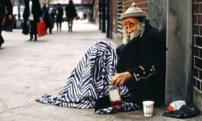 Morador de rua (homeless), New York, NY (Foto: andrewholbrooke.com)