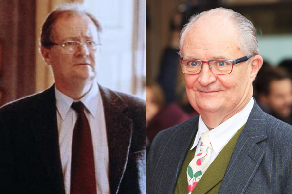 Jim Broadbent em 2001 e atulmente (Foto: Divulgação)
