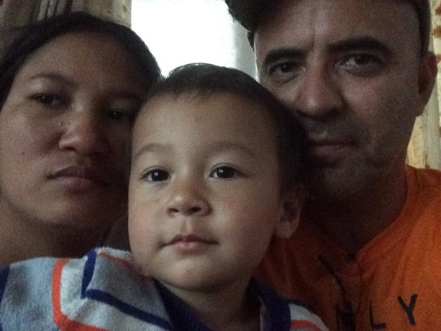 Antenor se encontrou com a esposa e filhos nesta terça (28) (Foto: Antenor Aparecido dos Santos / Arquivo Pessoal )