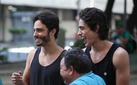 Gatos de Além do Horizonte gravam no Centro do Rio. Veja fotos dos bastidores!