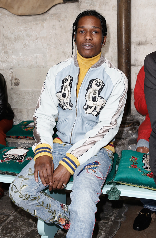 O rapper americano ASAP Rocky no desfile de resort 2017 da Gucci (Foto: Getty Images)