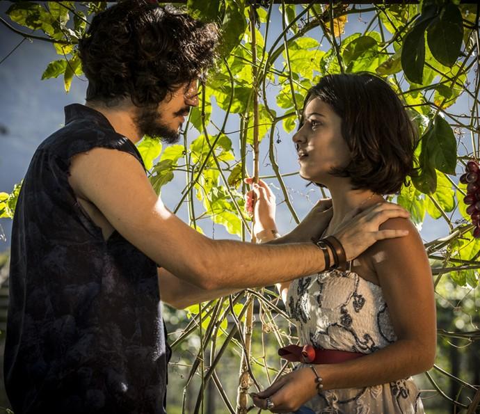 Olívia quer que Miguel seja forte e volte para a casa dos de Sá Ribeiro (Foto: Inácio Moraes/Gshow)