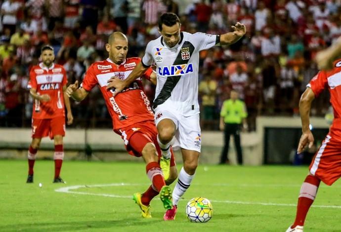 Rivaldo e Nenê; CRB x Vasco (Foto: Ailton Cruz/Gazeta de Alagoas)