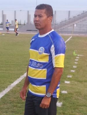 Ramiro Sousa, técnico do Lucena (Foto: João Brandão Neto / GloboEsporte.com/pb)
