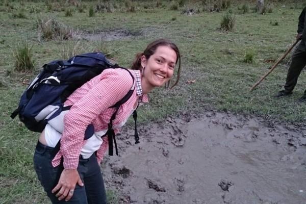 Camila Matiello Redins, de 32 anos, passava férias em Katmandu (Foto: Camila Matiello/ Arquivo Pessoal)