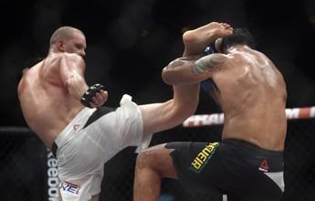 Struve revela que passou mal antes de vitória sobre Minotauro no UFC 190