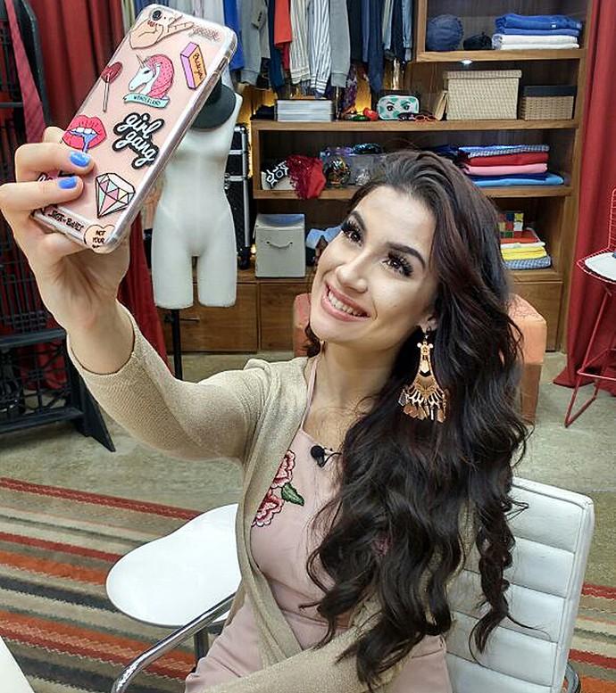 Bianca Andrade ensina maquiagem para selfie (Foto: Raquel Gonzalez/Gshow)