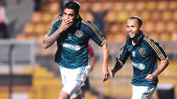 Vilson Comemoração Palmeiras contra o Atlético-PR (Foto: Marcos Ribolli)