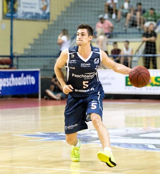 partiu (Caio Casagrande / Bauru Basket)