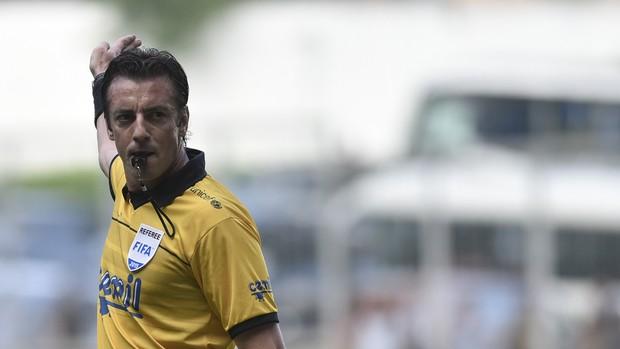 Raphael Claus é o árbitro da primeira partida das semifinais entre Atlético-MG e Cruzeiro