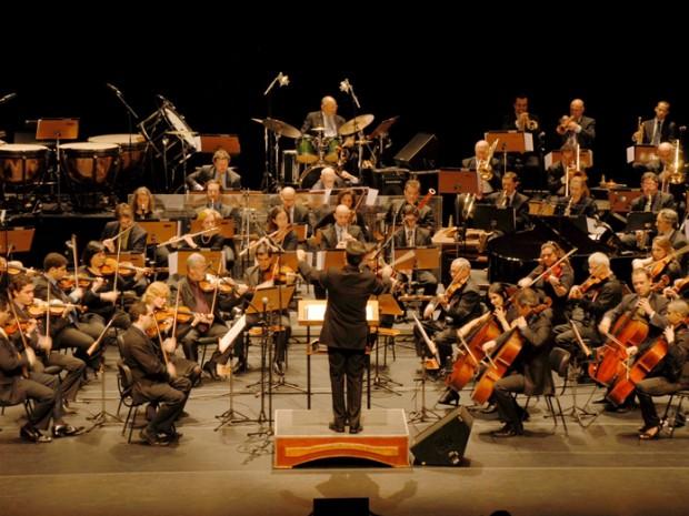 G1 orquestra jazz sinf nica faz apresenta o gratuita em for Casa discografica musica classica