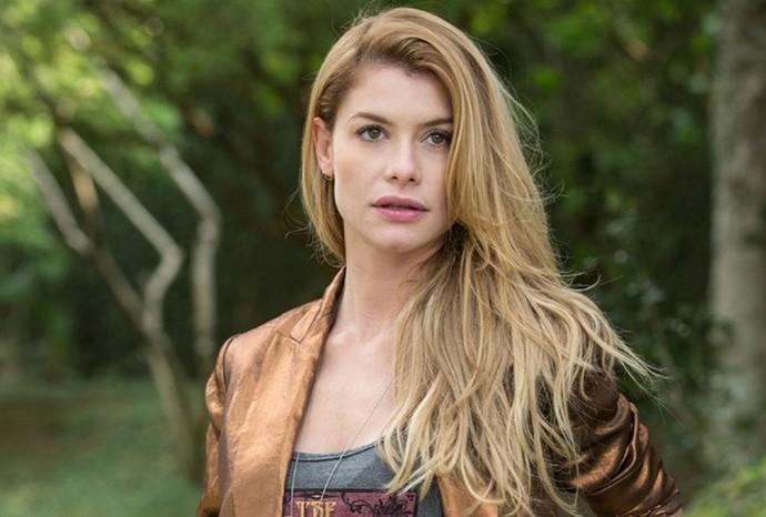 A sorocabana Alinne Moraes interpreta Diana em 'Rock Story' (Foto: Rock Story / Rede Globo)