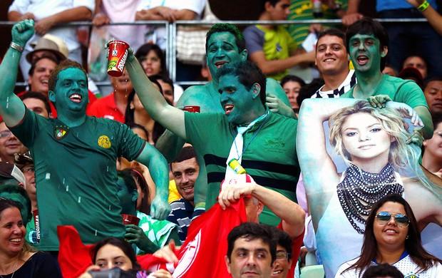 torcida Nigéria Shakira Dia de torcedor Castelão (Foto: Reuters)