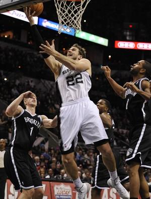 Tiago Splitter, Spurs x Nets - AP (Foto: AP)