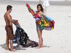 Veja fotos da ex-BBB Laisa em praia do Rio