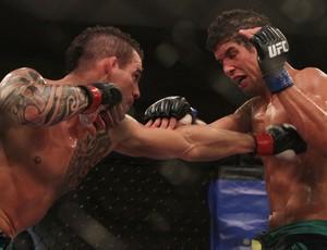 Santiago Ponzinibbio Léo Santos TUF Brasil MMA (Foto: Divulgação/UFC)