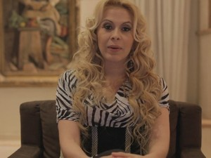 Joelma faz declaração em vídeo no Facebook (Foto: Facebook / Reprodução)