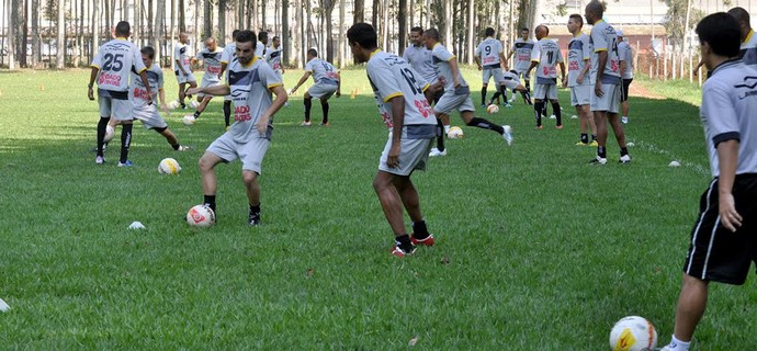 Rio Branco treino com bola Americana Série A-2 Paulista (Foto: Flávio Oliveira / Divulgação Rio Branco)