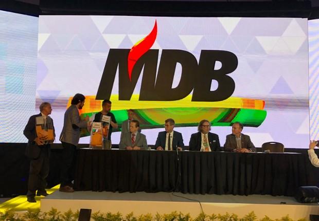 Na convenção do PMDB, o partido anunciou que passará a se chamar MDB (Foto: Reprodução/Twitter)