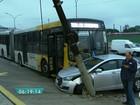 Corredor de ônibus da Radial Leste segue bloqueado nesta quinta