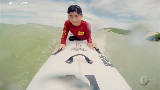 Com hidrocefalia, garoto sonha ser surfista e conhece Ítalo Ferreira