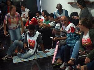 Ocupação da Governadoria aconteceu na noite desta segunda-feira (20) (Foto: Gustavo Sixel)
