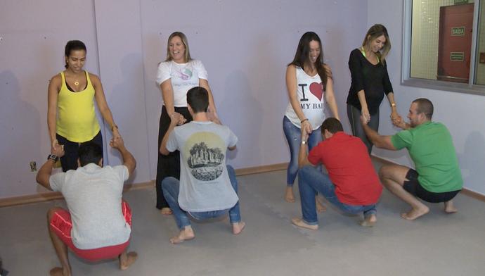 Eles também fizeram os exercícios durante a aula (Foto: Divulgação / TV Gazeta ES)