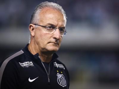 Dorival Júnior lamenta sequência de jogos, no Brasileirão e na Copa do Brasil (Foto: Ricardo Saibun/Santos FC)