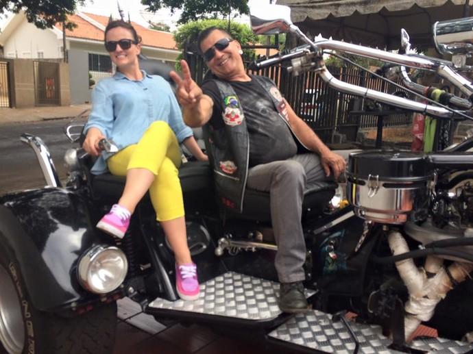 """Michelly deu uma """"voltinha"""" radical por Paranavaí no triciclo do Cidão (Foto: Divulgação/RPC)"""