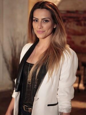 Cleo fala sobre sucesso de Bianca (Foto: Salve Jorge / TV Globo)