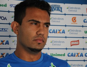 Renato Santos, Ava&#237; (Foto: Savio Hermano / GLOBOESPORTE.COM)