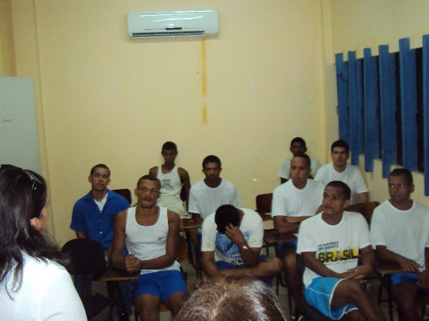 Presos participam do lançamento do Projovem em Alcaçuz (Foto: Divulgação/Direção de Alcaçuz)