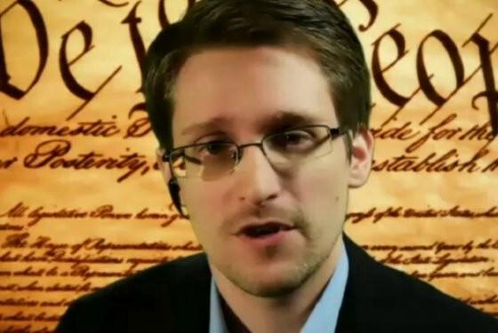 Snowden falou via Hangout (Foto: Reprodução)