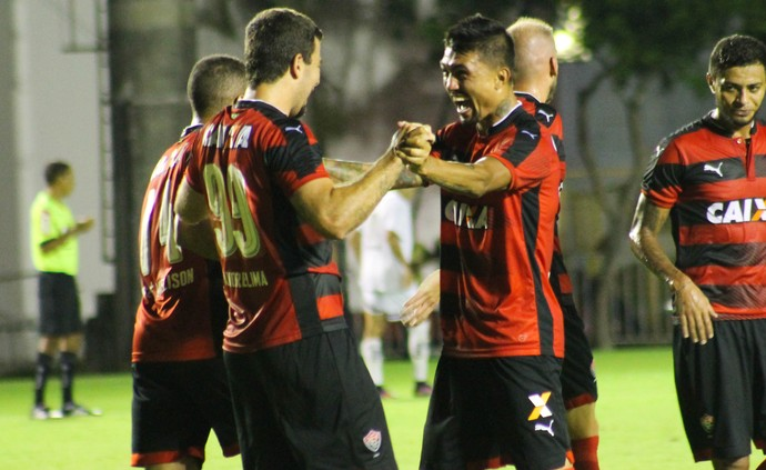 vitória x bragantino; kieza (Foto: Maurícia da Matta / EC Vitória / Divulgação)