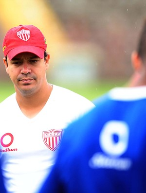 Dado Cavalcanti mogi mirim treino (Foto: Marcos Ribolli / Globoesporte.com)