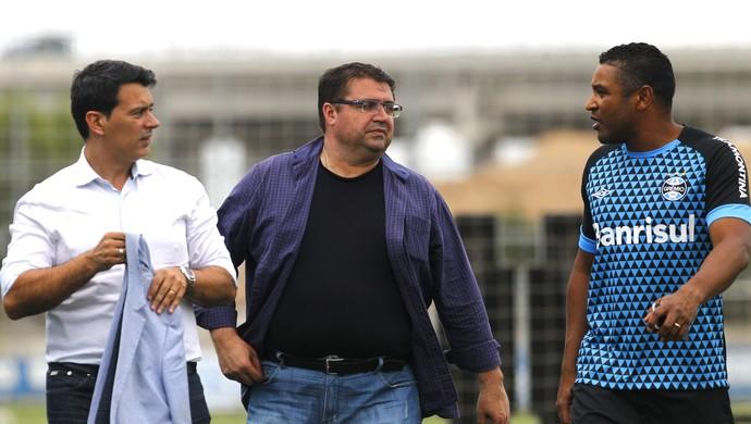 Diretor executivo Rui Costa Júnior Chávare Roger Machado Grêmio (Foto: Rodrigo Fatturi/Grêmio)