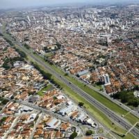 Taubaté mira expansão viária para reduzir trânsito no Centro (Rogério Marques)