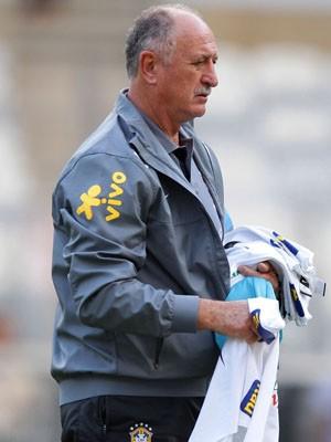 Felipão comanda a seleção no jogo contra a Inglaterra (Foto: Wagner Carmo / VIPCOMM / Reprodução: Globoesporte.com)