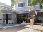 Giselle Prattes abre casa de 350m² no Rio e mostra objetos 'garimpados'